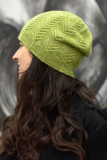 Pinua cabled hat - knitting pattern