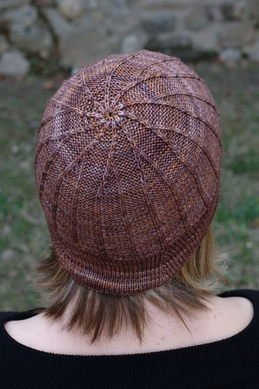 Corbelle bucket hat - knitting pattern