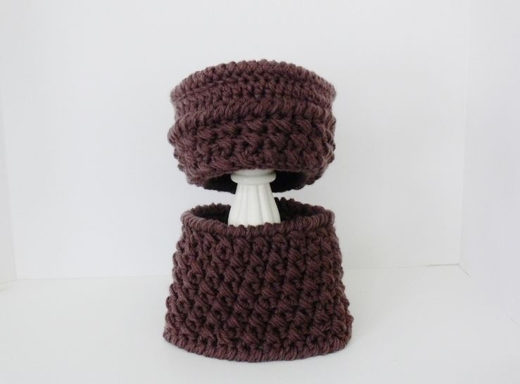 Ladies Hat - Girls Hat and Infinity - Cowl Crochet Pattern