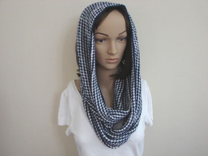 houndstooth long cowl - crochet pattern