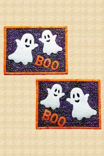 Boo! Quilted Halloween Mug Rugs Pattern
