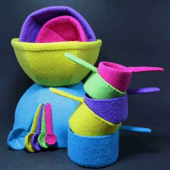 Toy Mixing Bowls, Measuring Cups and Spoons Sewing Pattern