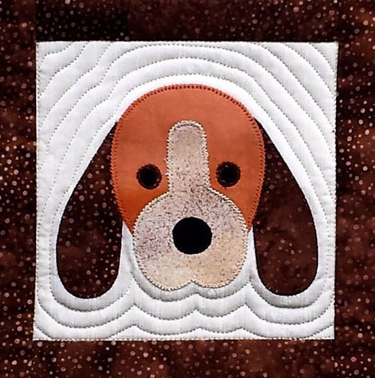 Puppy Paws Quilted Wall Hanging Pattern