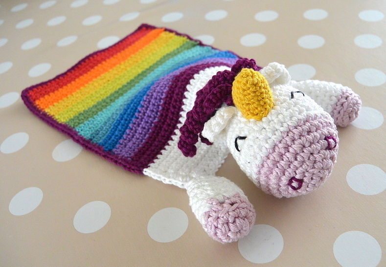 "E-Book: ""Snuggle Blanket Unicorn"""