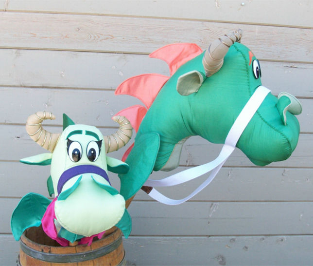 Classic Dragon Stick Horse Hobby Horse Ride-On Toy