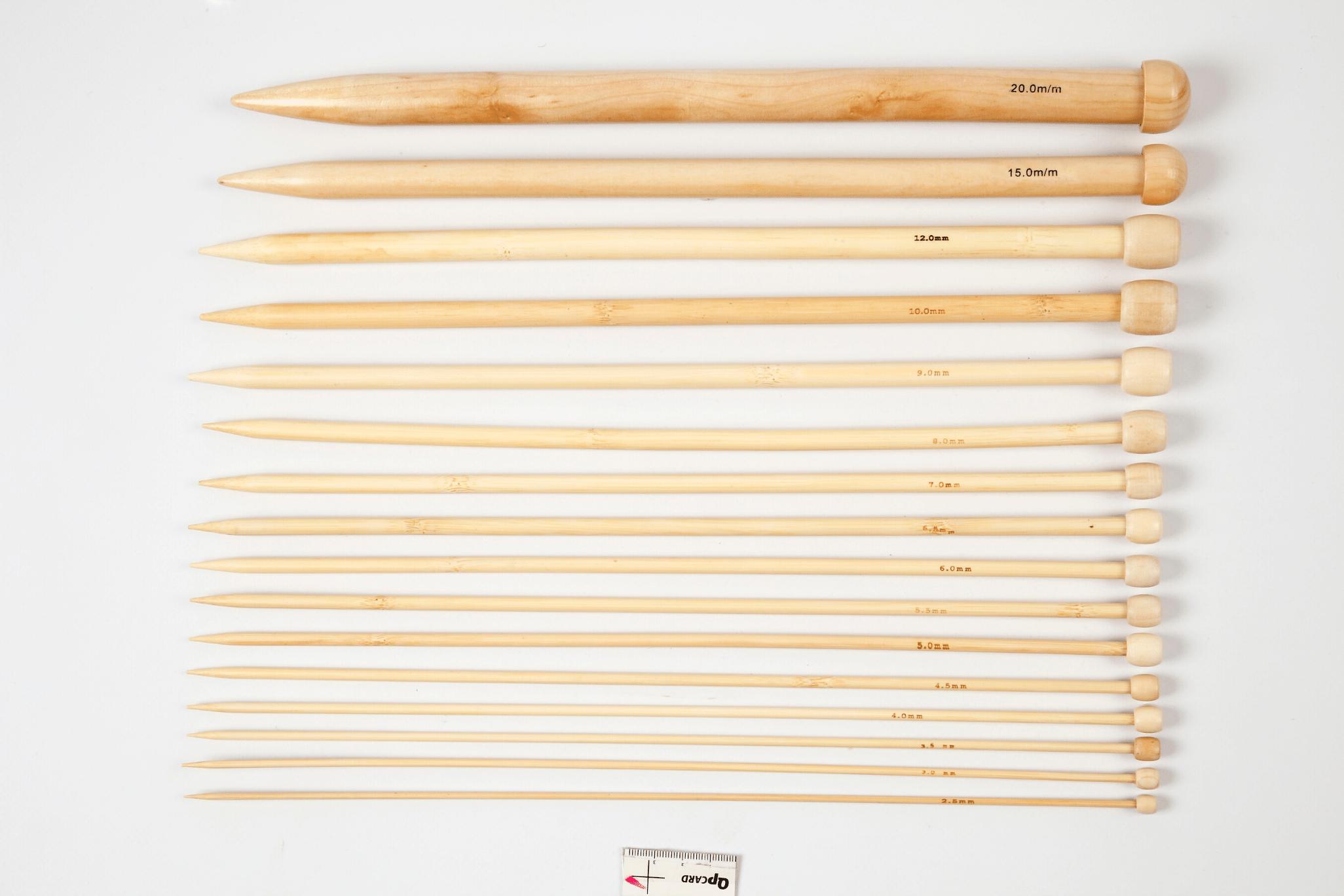 Assortiment d'aiguilles à tricoter en bambou - n°2,5 à 20 - 16 paires