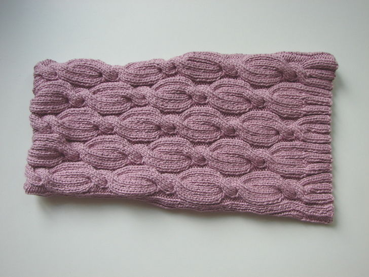 laptop cover cables - knitting pattern
