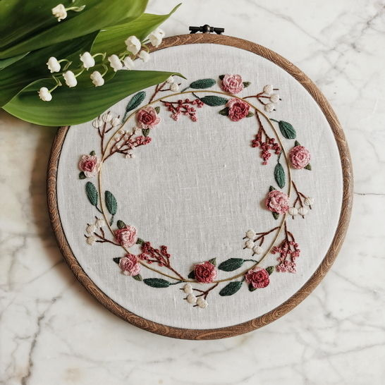 Flower wreath - embroidery pattern