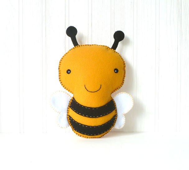 Bumblebee Sewing Pattern, Felt Bee Hand Sewing Pattern