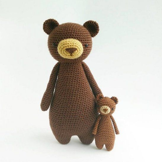 Lying bear crochet pattern | Amiguroom Toys | 546x547