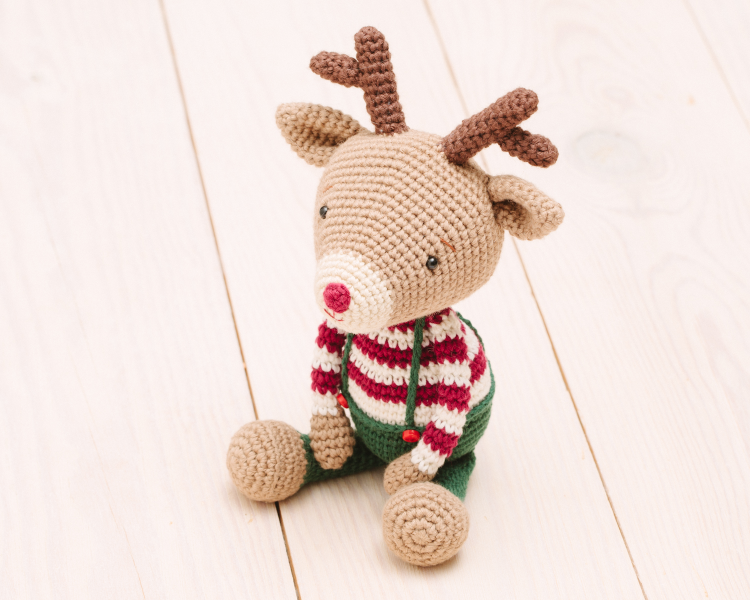 Baby Knitting Patterns Ruby the Reindeer essential oil diffuser ... | 1200x1500