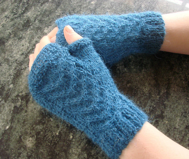 Maëlysse - Fingerless gloves - Sizes XS - S - M - L