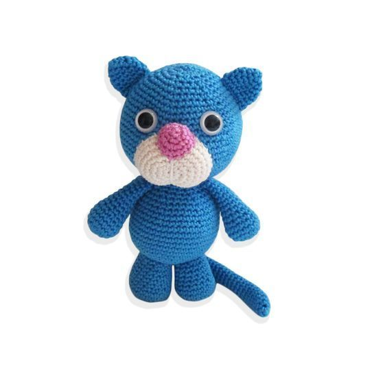 9 Crochet Cat Patterns -Amigurumi Tips - A More Crafty Life | 546x545
