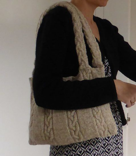 8ply plaited cable bag - knitting pattern - Bridget