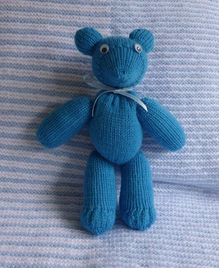 8ply Teddy Bear with moveable joints - Travis