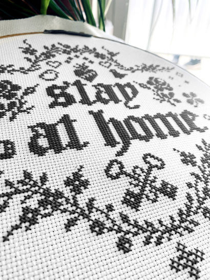 STAY AT HOME Kreuzstich Stickvorlage Stickmuster