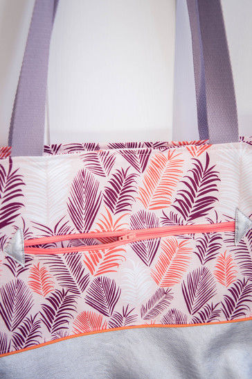 Sasha, the sunny days tote bag (3 different sizes)