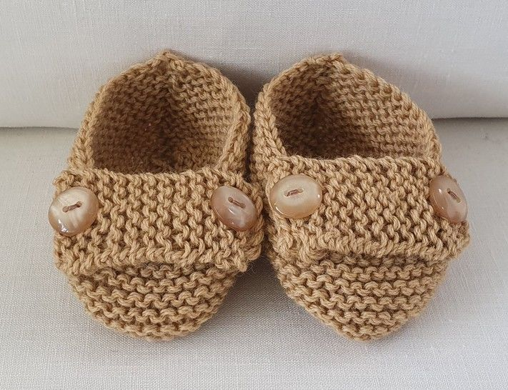 8ply baby shoes with buttoned foot strap - Nadia