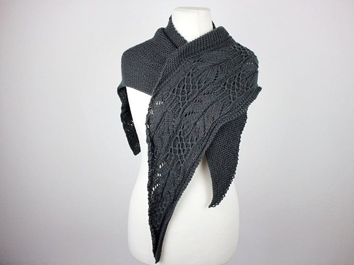 "Knitting pattern ""Ellis Shawl"""