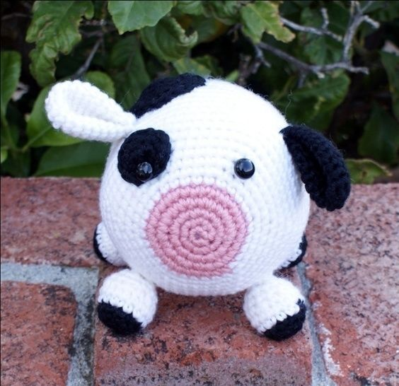 Roly Poly Cow Crochet Pattern