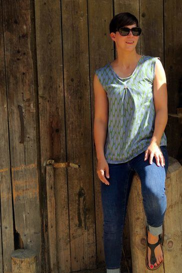 SunnyMe Woman - Pattern Summer Shirt with inverted pleat