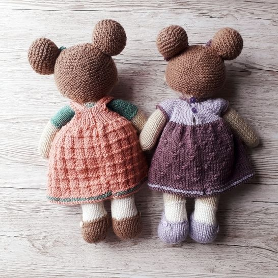 Lilly and May dolls knitting pattern