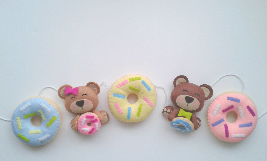 Bear and Donut Garland Pattern