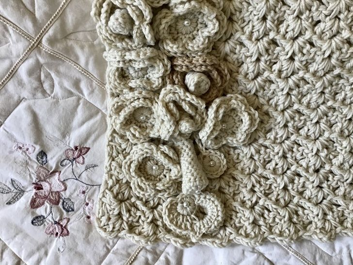 Alabaster Bouquet Wall Hanging