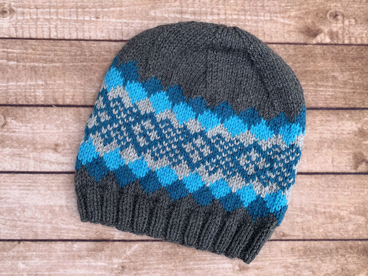 Knit Waves of Plaid Beanie Pattern