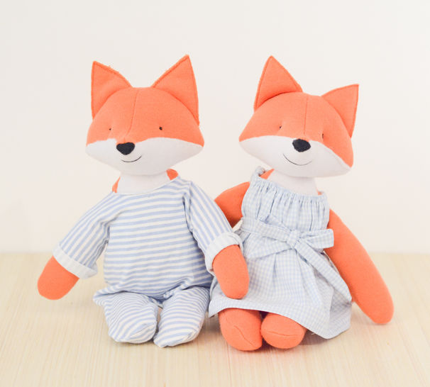 sewing pattern for woven fabric clothes for stuffed animal