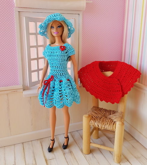 """Perrine"" patron crochet poupée Barbie"