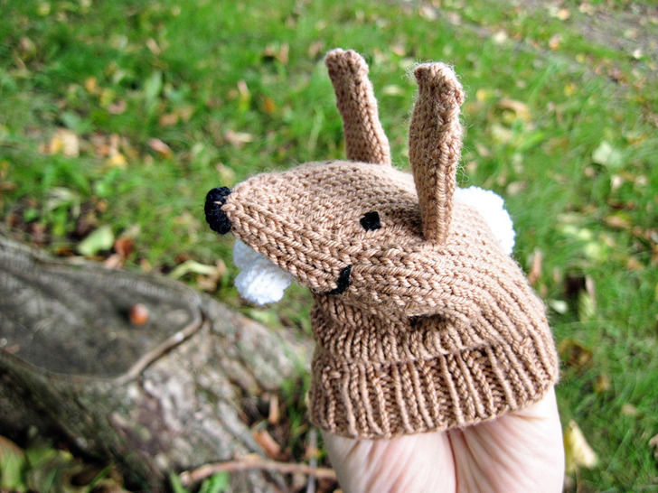 RABBIT handpuppet
