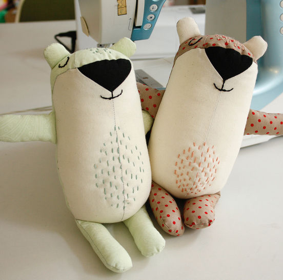 Bear plushie - pattern and sewing instructions