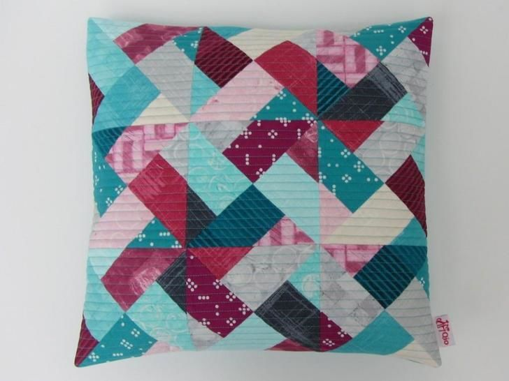 Whirly modern quilt pattern - quilts patchwork pillow baby quilt twin king lap size