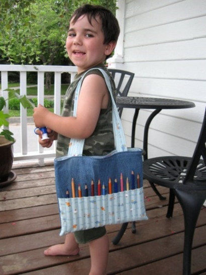 Coloring bag sewing pattern - Art bag for children tutorial