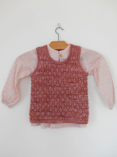 Conter fleurette - sleeveless sweater for girls