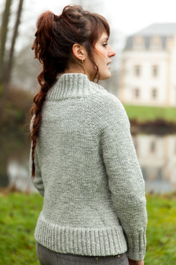 Lagertha Women's Cardigan - Knitting