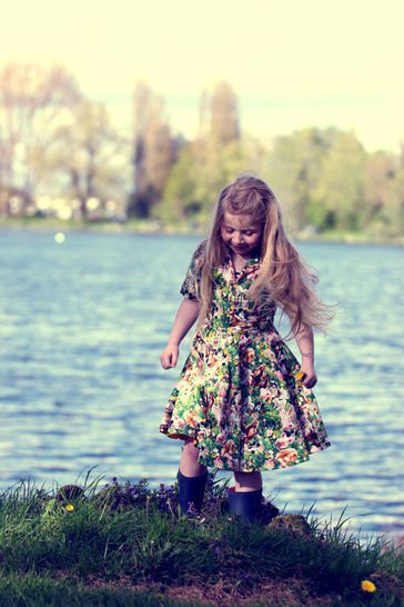 Robe fillette Romie 2 -12 ans - 2 versions - couture