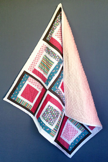 Baby quilt pdf pattern and tutorial - Sparkling squares