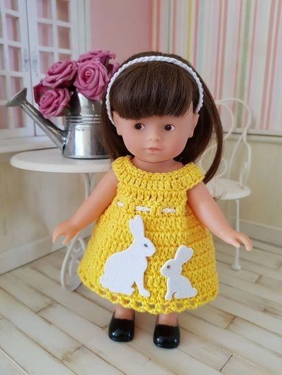 """Miss Lapin"" ensemble crochet poupée Mini Corolline"