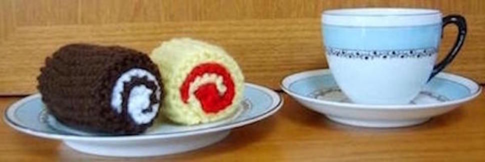 Jam / Chocolate Mini Roll Play Food / Pin cushion Knitting Pattern