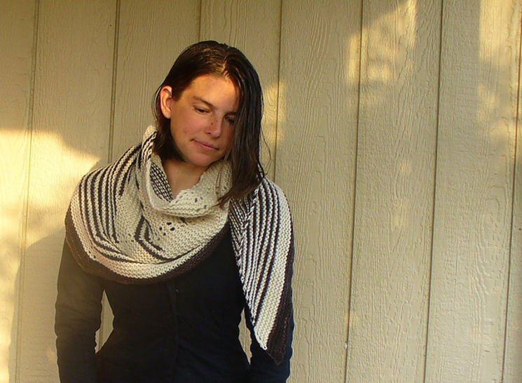 Rooster shawl knitting pattern