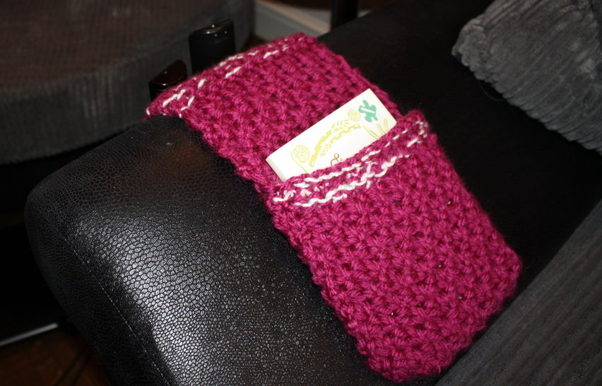 Pink Remote Caddy Knitting Pattern