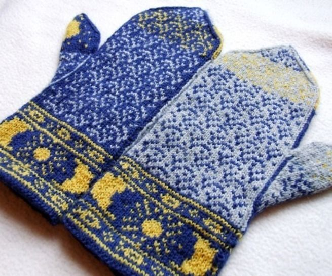 Sun Moon and Dolphins Mittens - colorwork knitting pattern