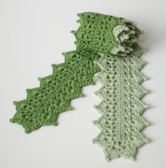 Crochet scarf, Two-tone lace scarf, Pattern No10, in both UK and US crochet terms