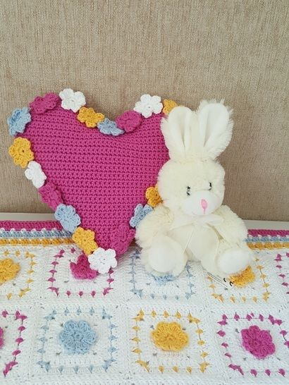 Crochet Cushion, Heart Spring Flowers, Pattern No35, in both UK and US crochet terms