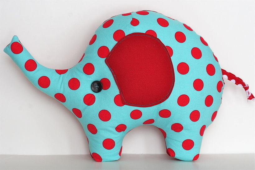 Lucky the Elephant Pillow PDF Sewing Pattern