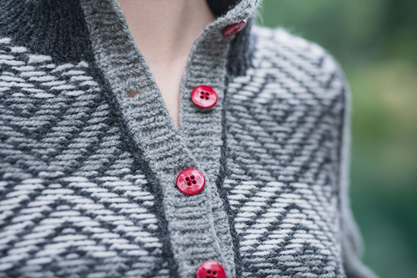 Weft cardigan - hand knitting pattern
