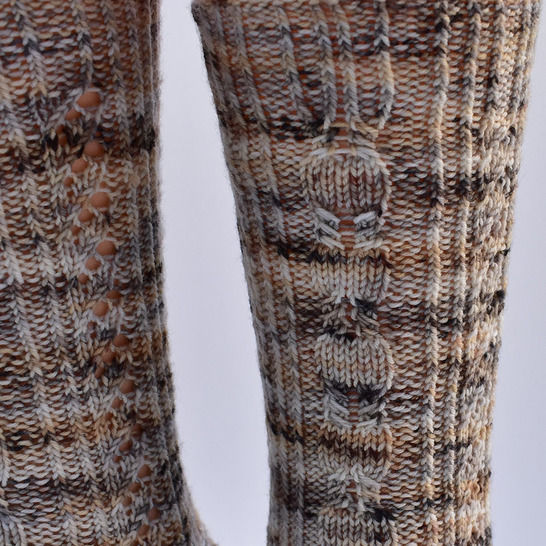 Cabled sock knitting pattern PDF - Witches' Sabbath