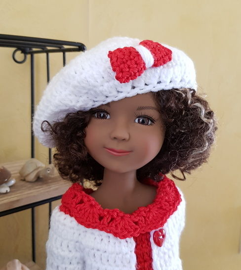 """Lait Fraise"" patron crochet poupée Fashion Friends"